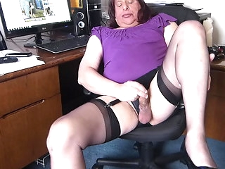 masturbation crossdresser