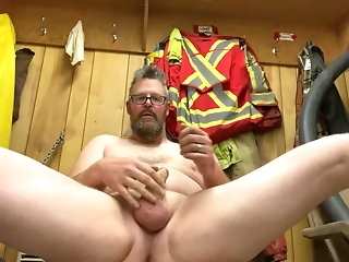 locker room amateur