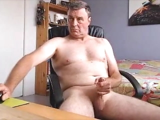 daddy Attracting pater cum abominate favourable around webcam big cock